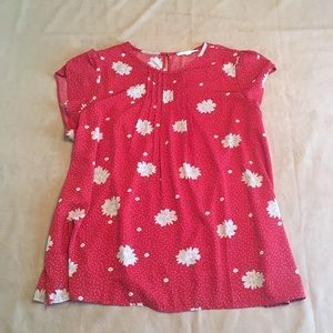 Fun2fun red floral patterned tulip sleeve top
